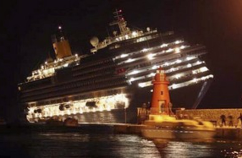 Italian cruise ship runs aground_311 (photo credit: Reuters)