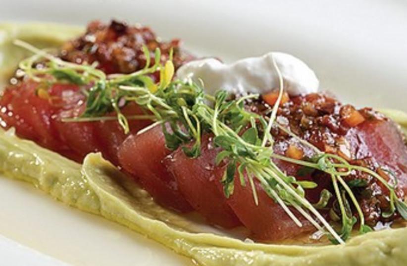 Red tuna sashimi 370 (photo credit: Courtesy)