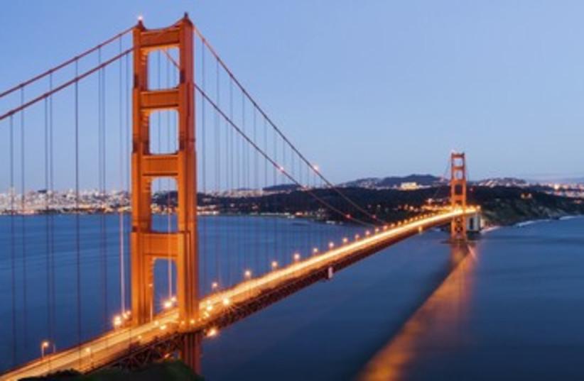 Golden Gate Bridge 390 (photo credit: iStockphoto)