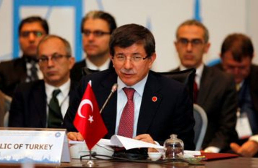 Turkish Foreign Minister Ahmet Davutoglu 390 (R) (photo credit: REUTERS/Osman Orsal )