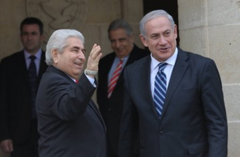Netanyahu with Cyprus' Christofias 390 (photo credit: Amos Ben Gershom GPO)