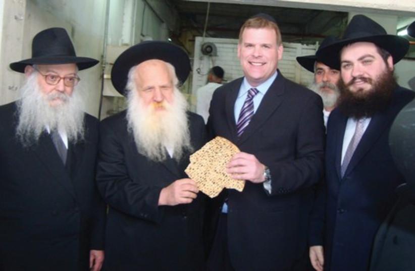 John Baird at Kfar Chabad 521 (photo credit: Atara Beck )
