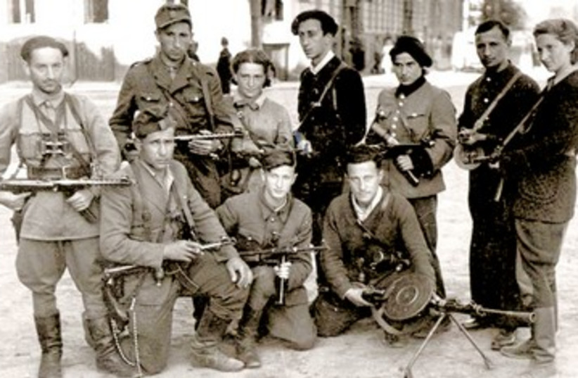 Vitka Kovner and Jewish partisans 390 (photo credit: Yad Vashem Archives)