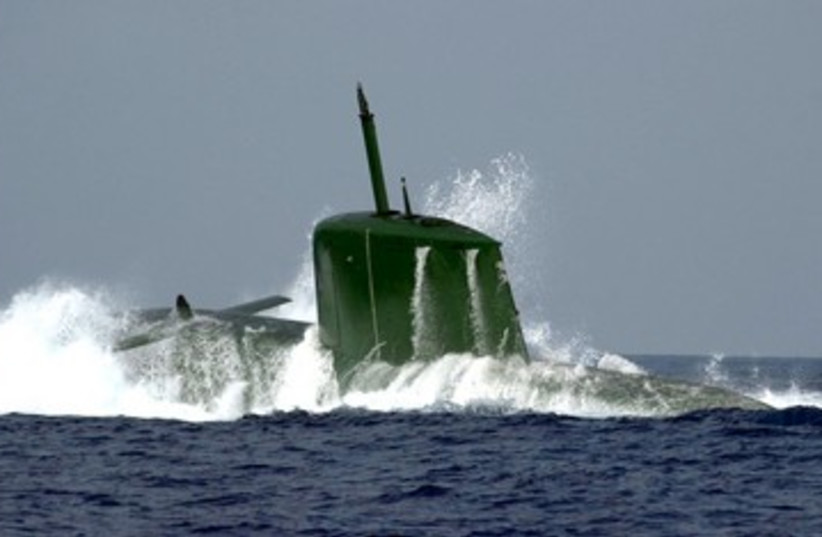 Israeli Navy Dolphin-class submarine 390 (R) (photo credit: REUTERS/Handout)