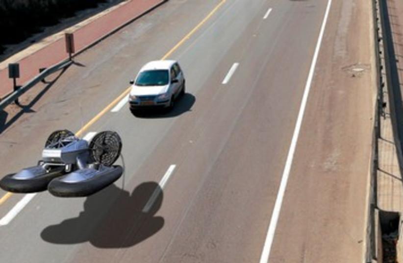 Hovercraft DO NOT USE 390 (photo credit: Flush 90)