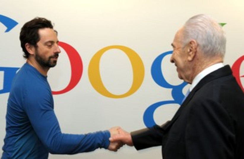 Peres with Google's Brin 370 (photo credit: Moshe Milnewr/ GPO )