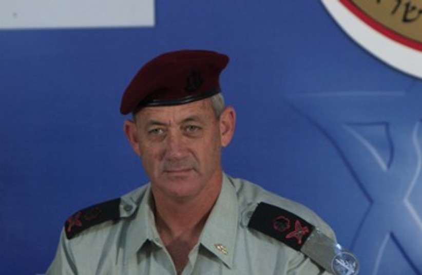 IDF Chief of General Staff Benny Gantz 390 (R) (photo credit: Ronen Zvulun / Reuters)