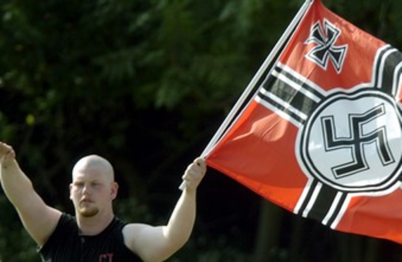 Nazi salute neo-Nazi 370 (photo credit: REUTERS/Tim Shaffer)