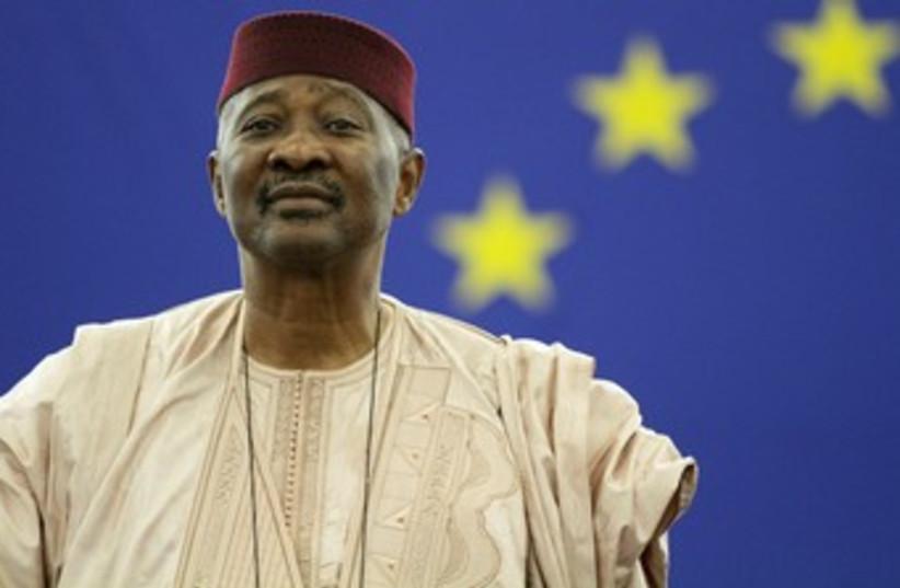 Mali President Amadou Toumani Toure 370 (R) (photo credit: REUTERS/Jean-Marc Loos)