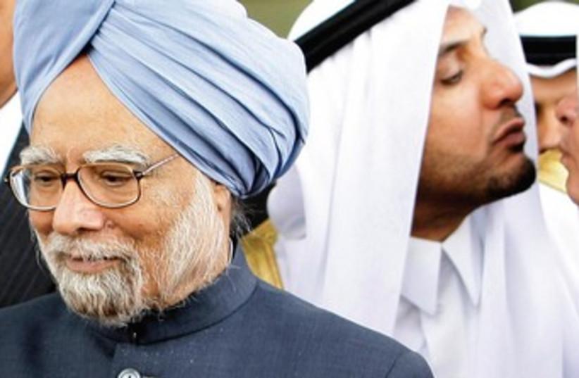 India's Prime Minister Manmohan Singh 370 (photo credit: S. SAMUEL C. RAJIV)