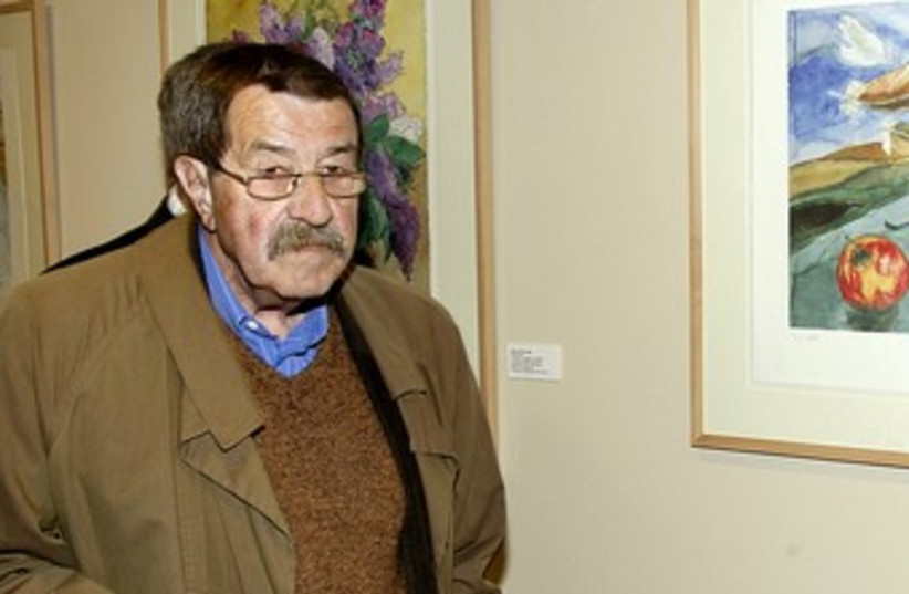 Gunter Grass 370 (R() (photo credit: REUTERS)
