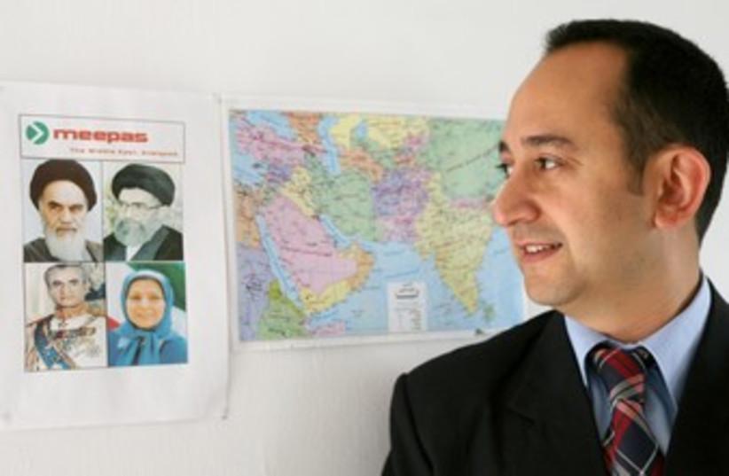 Meir Javedanfar 370 (photo credit: Gil Cohen Magen / Reuters)