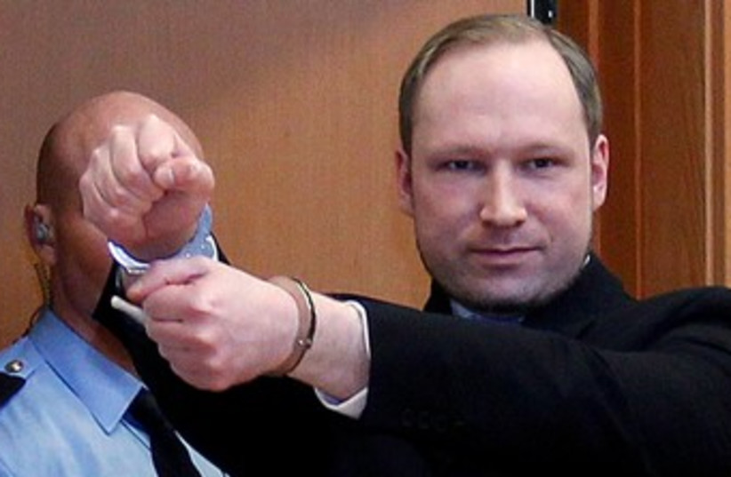 Anders Behring Breivik in court 370 (R) (photo credit: REUTERS/Lise Aserud/Scanpix Norway)