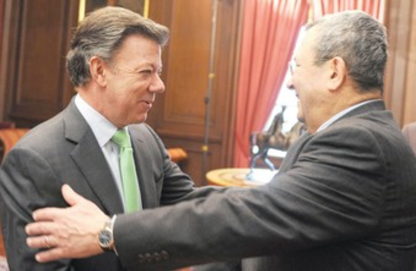 Barak with Colombian President Santos 370 (photo credit: REUTERS)