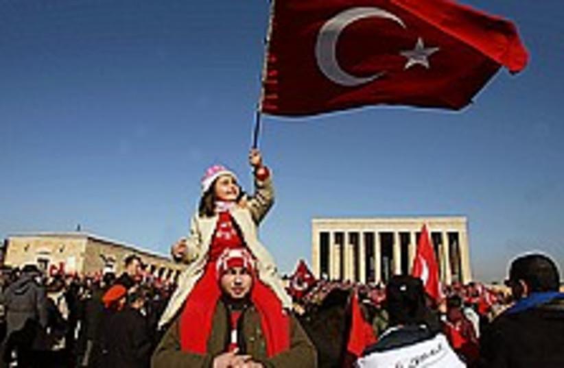turkey head scarf 224.88 (photo credit: AP)