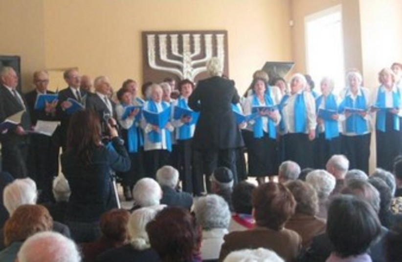 Israeli Independence Day Choir in Vilnius, Lithuania 370 (photo credit: Relationer)