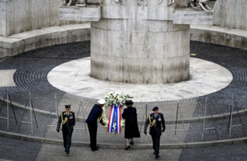 WWII memorial day in Amsterdam 370 (photo credit: REUTERS)
