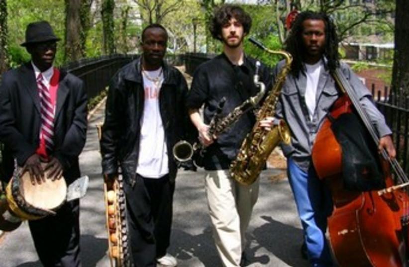 Oran Etkin with his quartet 370 (photo credit: www.jazzahead.de)