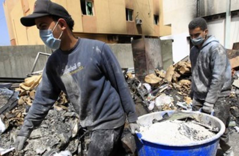 Arab workers in Zawiyah, Libya 370 (photo credit: REUTERS/Zohra Bensemra)