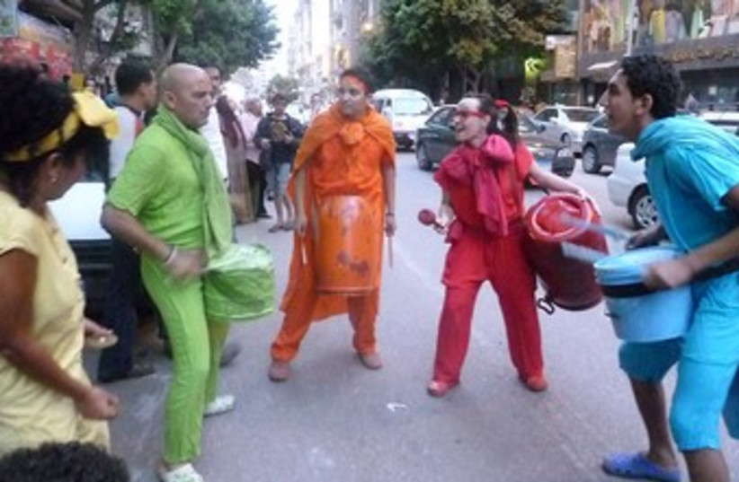 street performers 370 (photo credit: Eliezer Sherman)
