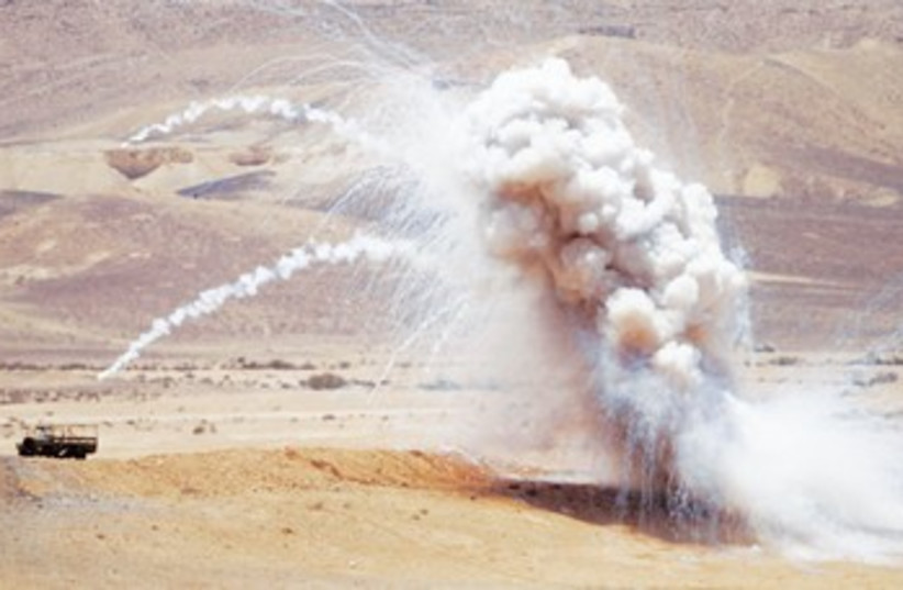 IDF live-fire display in the South 370 (photo credit: Baz Ratner/Reuters)