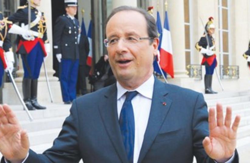 FRENCH PRESIDENT François Hollande 370 (photo credit: REUTERS)