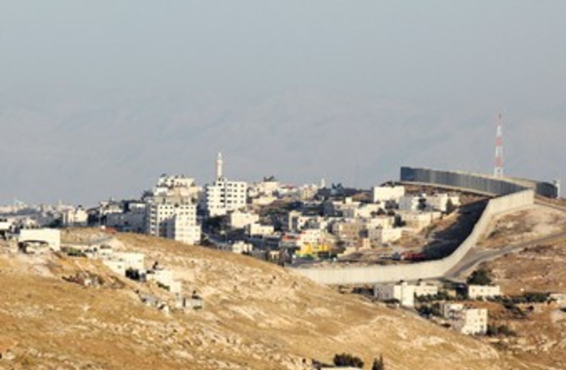 West Bank security fence 370 (photo credit: Marc Israel Sellem)