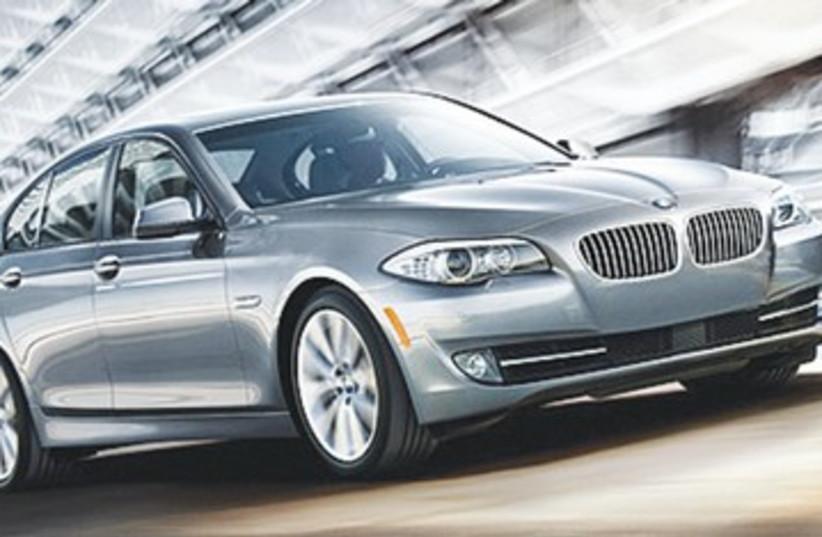 BMW 528i 390 (photo credit: BMW)
