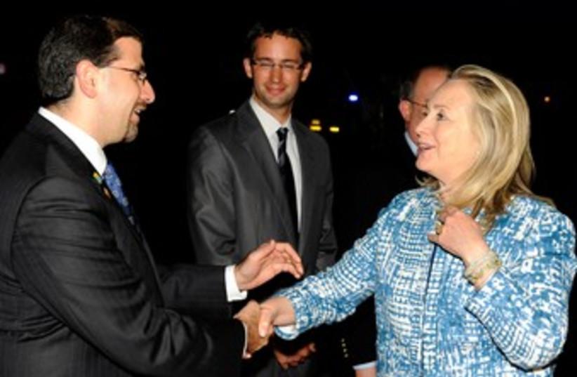 US ambassador Shapiro, US secretary of State clinton 370 (photo credit: Matty Stern/ US Embassy Tel Aviv)