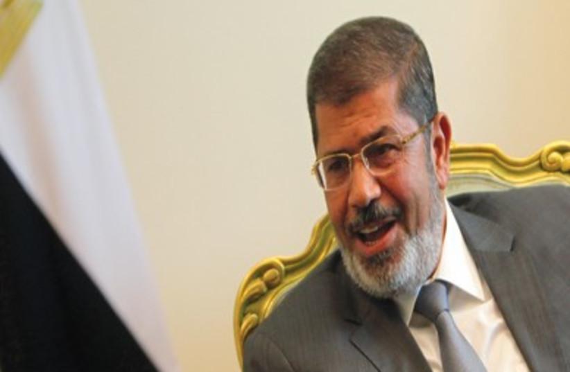 Mursi (370) (photo credit: Amr Abdallah Dalsh/ Reuters)