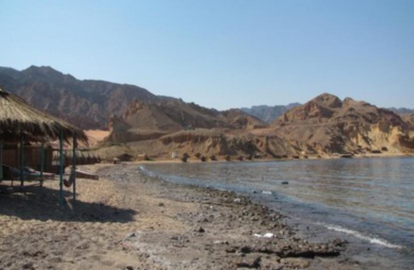 Sinai (photo credit: Linda Epstein)
