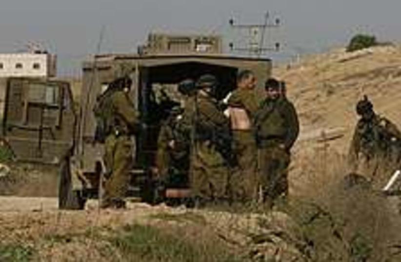 gaza attack 224.88 (photo credit: AP)