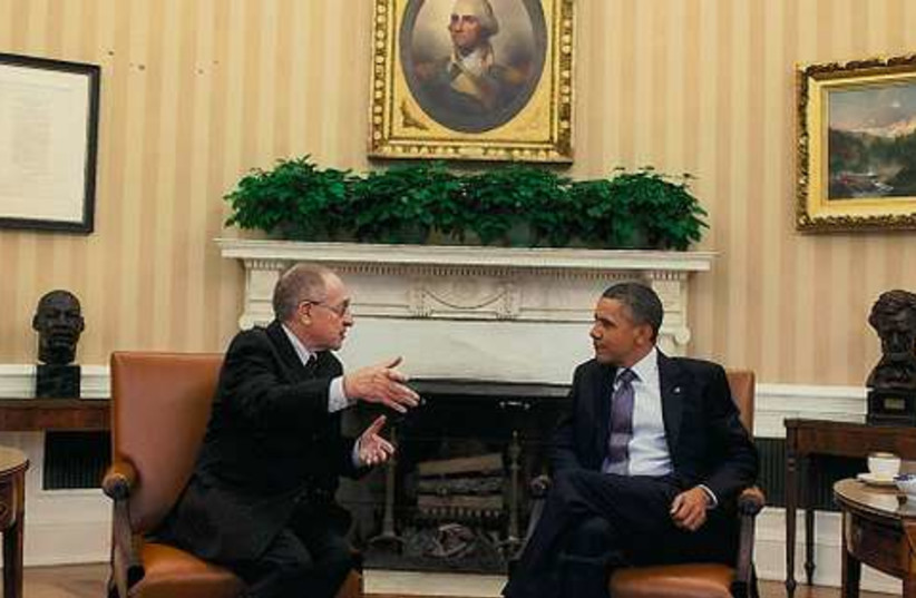 Dershowitz with Obama in oval office (photo credit: Courtesy)