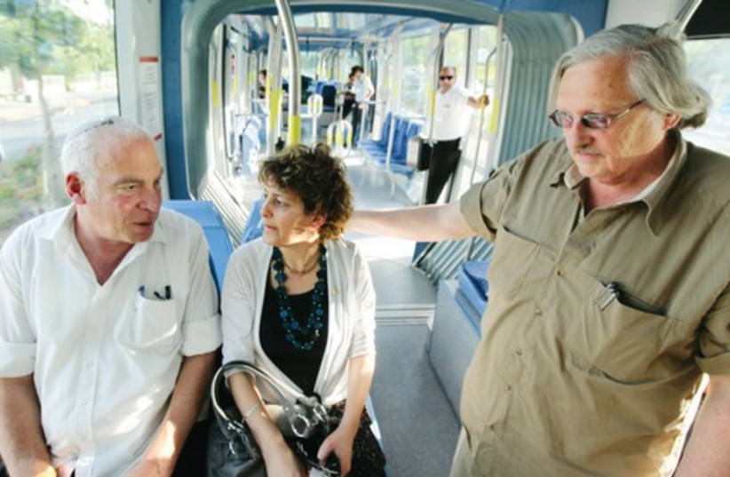 Light rail (521)  (photo credit: Marc Israel Sellem /The Jerusalem Post)