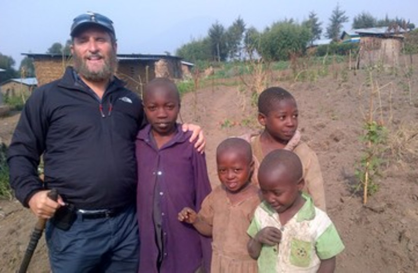 SHMULEY BOTEACH in Rwanda (photo credit: Courtesy Shmuley Boteach)