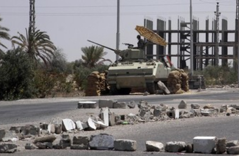 Egyptian soldiers in Sinai 370 (photo credit: reuters)