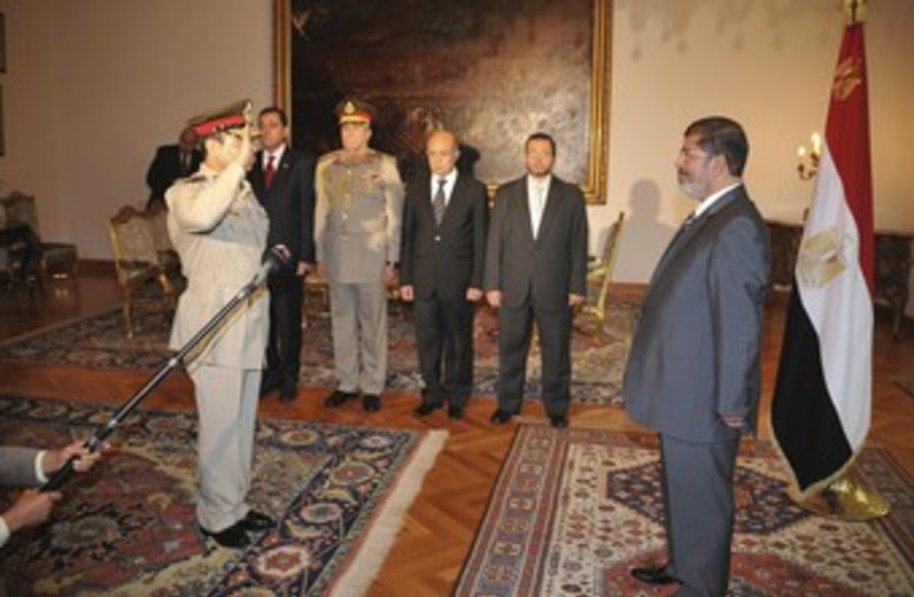 Morsy swears in Minister (R370) (photo credit: REUTERS)