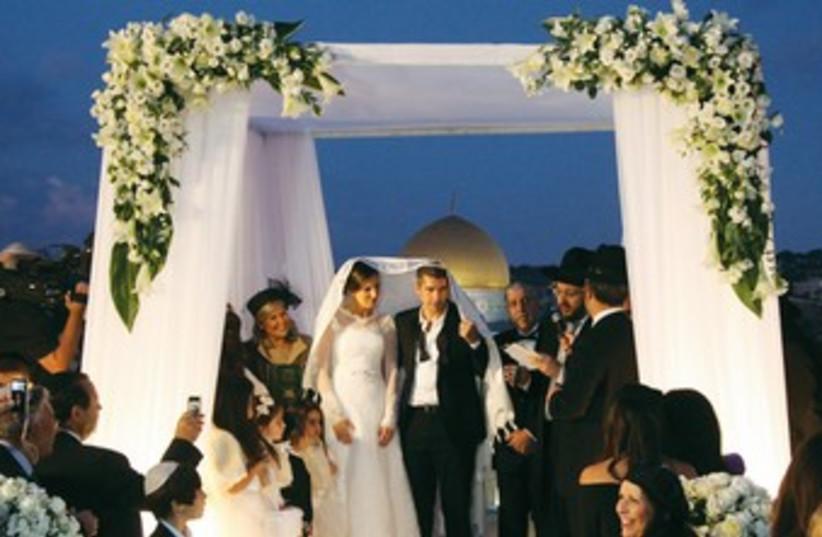 Wedding 370 (photo credit: JPOST.COM STAFF)