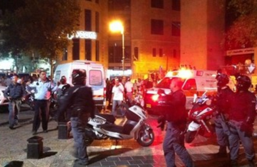 Jerusalem brawl 370 (photo credit: Avraham Bergman, News 24)