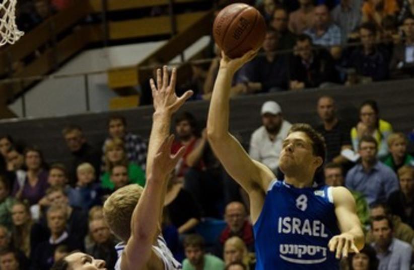 GUARD GAL MEKEL in game against Serbia 370 (photo credit: Israel Basketball Association)