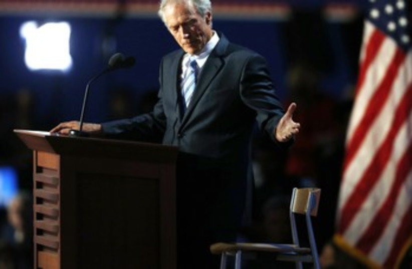 "Clint Eastwood addresses empty chair ""Obama"" 370 (photo credit: REUTERS)"
