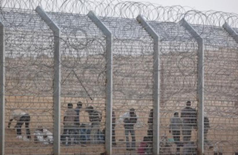 Migrants at Egypt border 370 (photo credit: reuters)