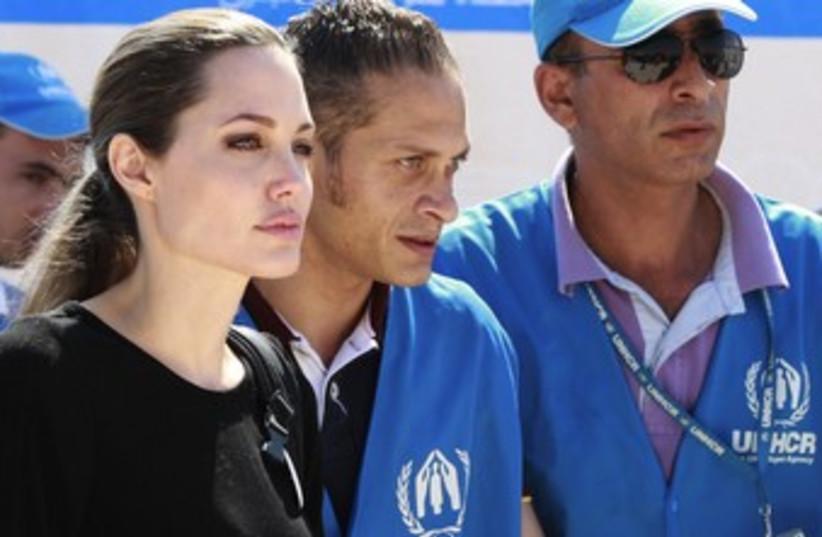 Angelina Jolie in Jordan 370 (photo credit: reuters)