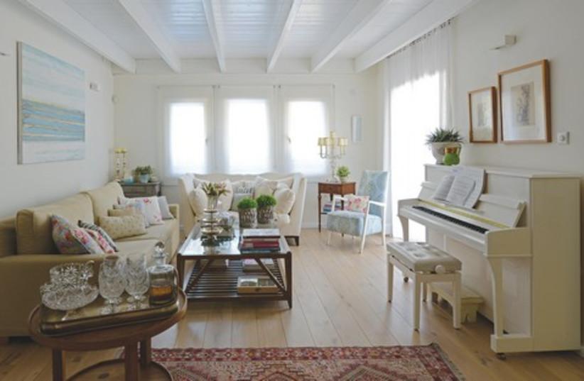 Interior Design 521 (photo credit: Uriel Massa)