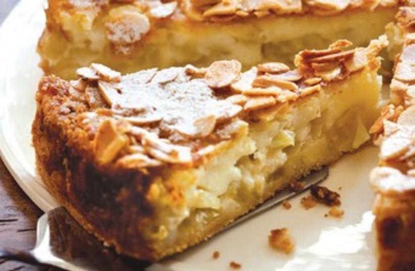 Apple honey pie (photo credit: Dan Lev)