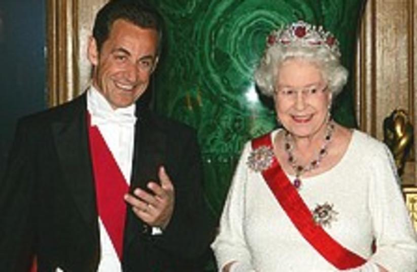 Sarkozy Queen 224.88 (photo credit: AP)