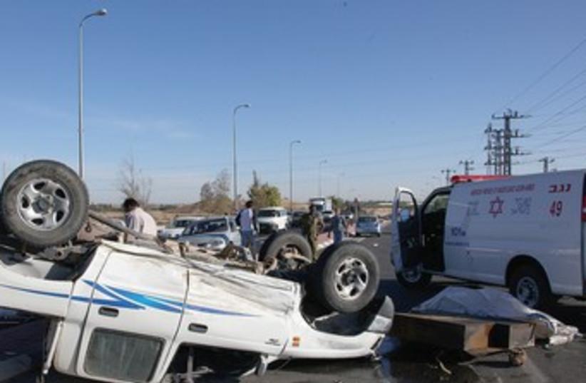 TRAFFIC accident in Jerusalem generic 370 (photo credit: Marc Israel Sellem/The Jerusalem Post)