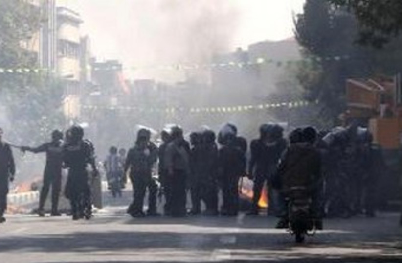 Iranian police clash with protesters in Tehran 370 (photo credit: Courtesy Winnepeg Jewish Review)