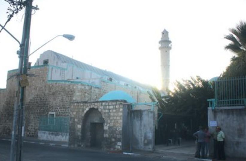 The Omari mosque in Ramle 390 (photo credit: Ben Hartman)