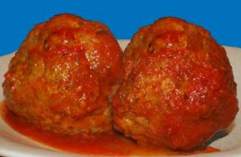 The Perfect Meatball 370 (photo credit: Laura Frankel)